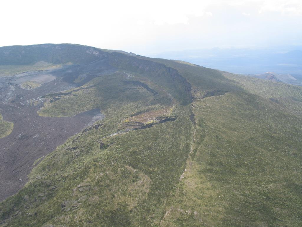 Nyamuragira 2004