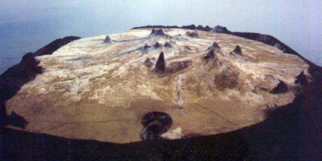 Ol Doinyo Lengai 2002